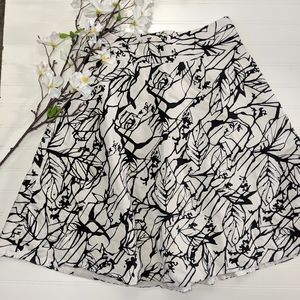 Limited Black/White Abstract Floral Full Skirt